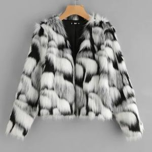 Jackets & Blazers - Fur coat